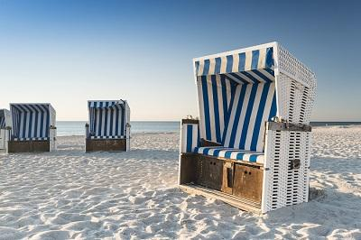 strandkorb mit losen polstern rugbyclubeemland. Black Bedroom Furniture Sets. Home Design Ideas